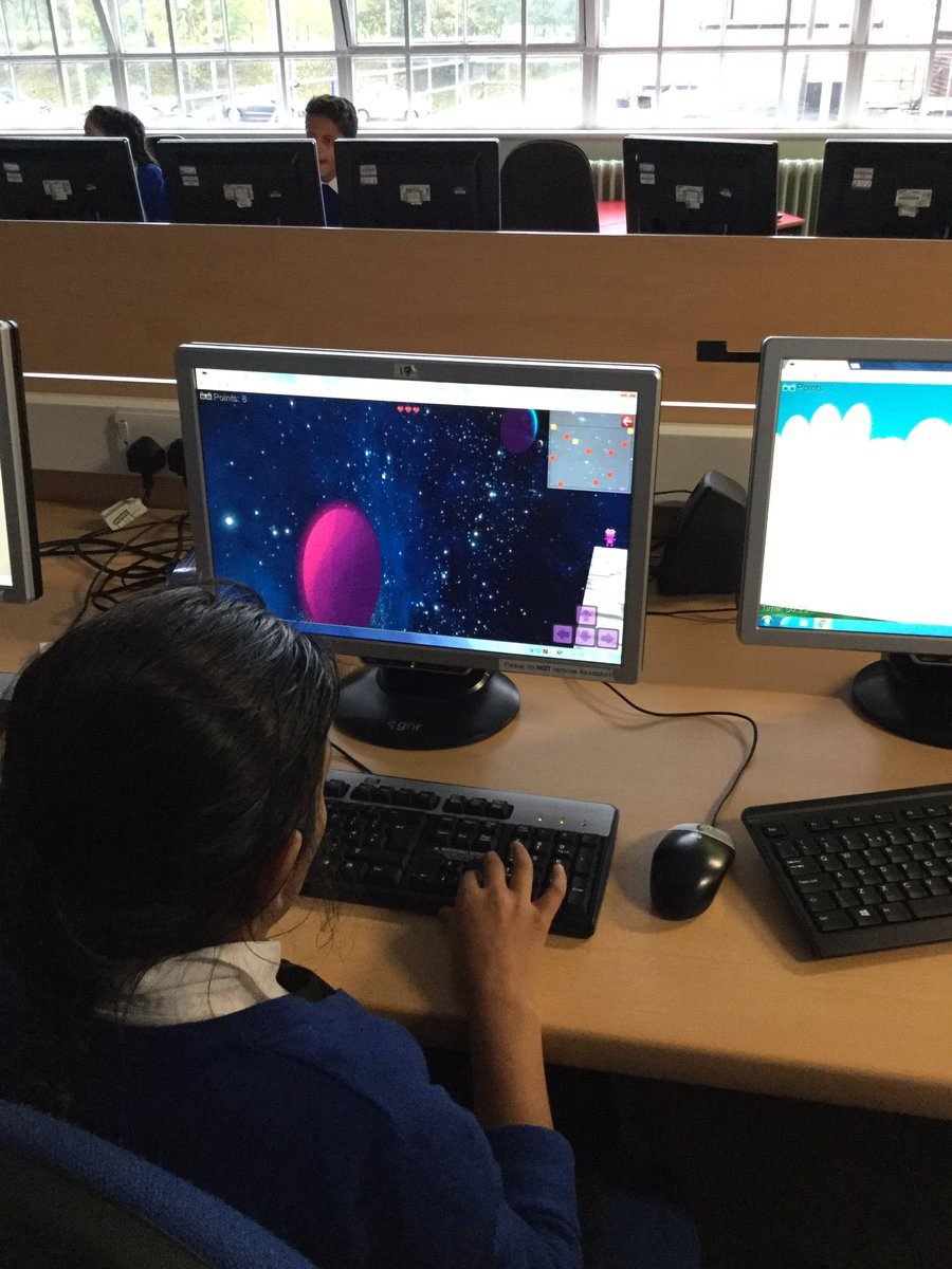 Class7 planned and created their own 3D space themed game today. #Computing #GameDesign #Science @MrOQureshi @DevonshireJun<br>http://pic.twitter.com/WnaiwGCYsT