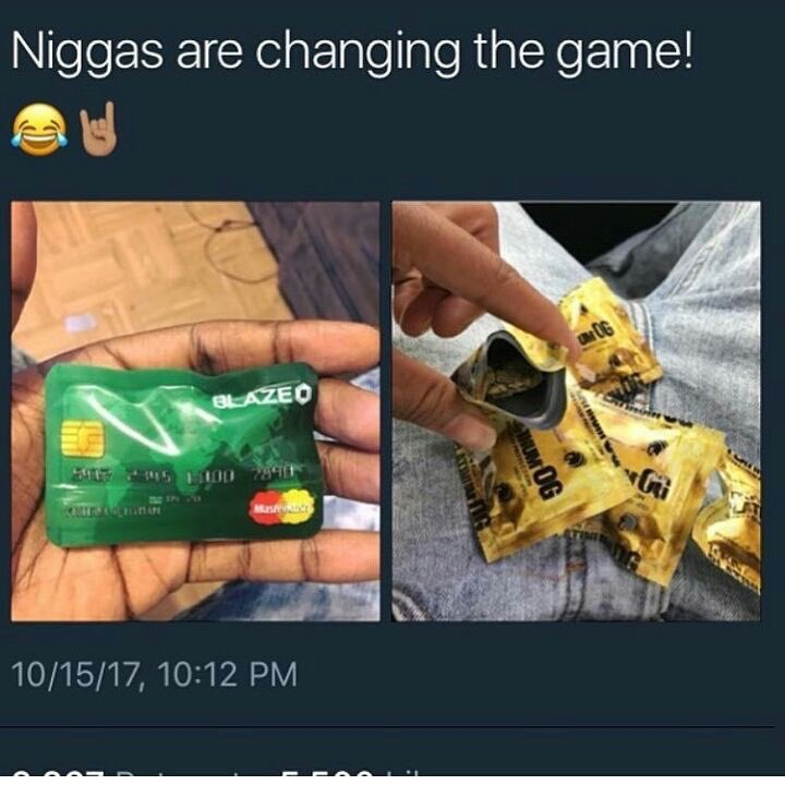 #Game #Changing @ it's #Best.. #Weed in #Creditcard  and #Condoms #Baggies <br>http://pic.twitter.com/0pHrFrB68c