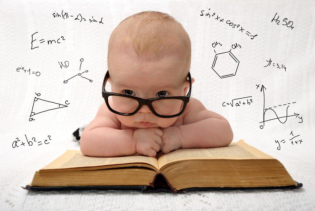Un bambino che legge sarà un adulto che...