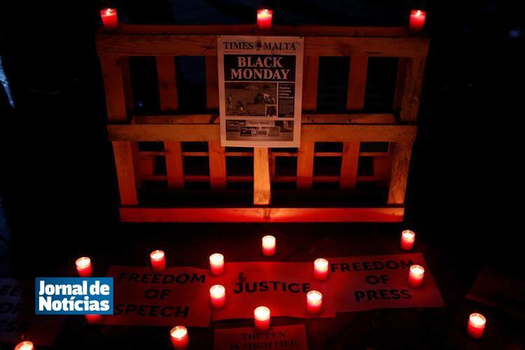 ONU pede independência na investigação à morte de jornalista em Malta https://t.co/iFluy8G3If