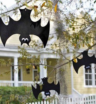 We love DIY crafts! Try these fun Halloween ideas! #FamilyFun #FamilyTime #Crafts #DIY #Halloween #Fun #Kids #Home #EdenGarden #Mississauga<br>http://pic.twitter.com/9iGPliLHI7