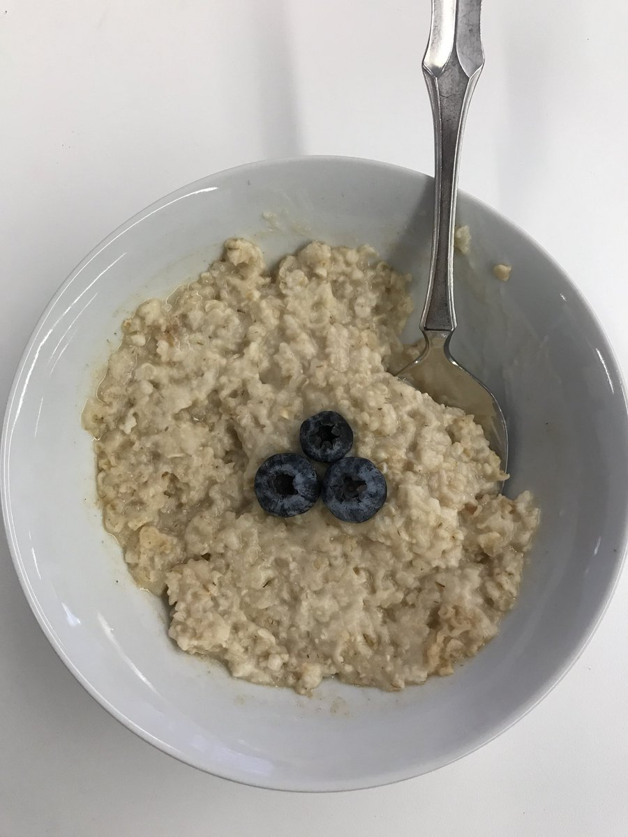 WOW would you look at that! What a beautiful bowl of oatmeal!