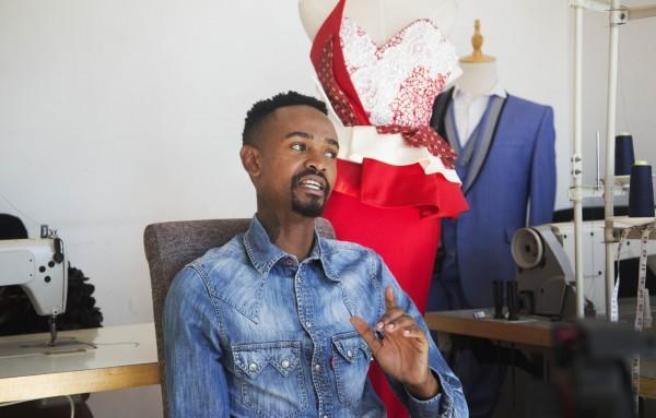 [WATCH] What was the Miss SA gown designer thinking? Well, we asked him >> https://t.co/oqUh1PHBEQ
