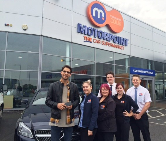 #MusketeersEurope #LukePasqualino and his new #Car #German #Mercedes today in Peterborough Source: motorpoint Peterborough <br>http://pic.twitter.com/Eccssksnzy