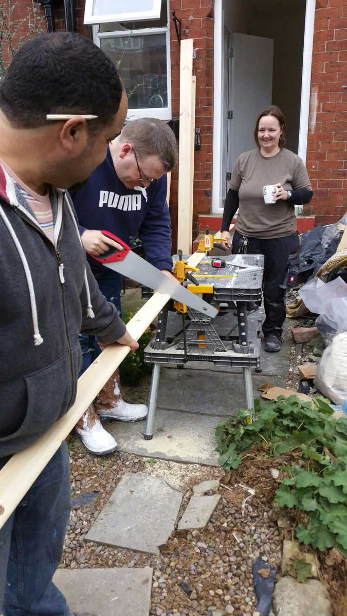 Canopy Housing On Twitter Volunteers Doing Their Bit For Empty Homes Week Emptyhomesweek Emptyhomes Tco GsGamuddsK