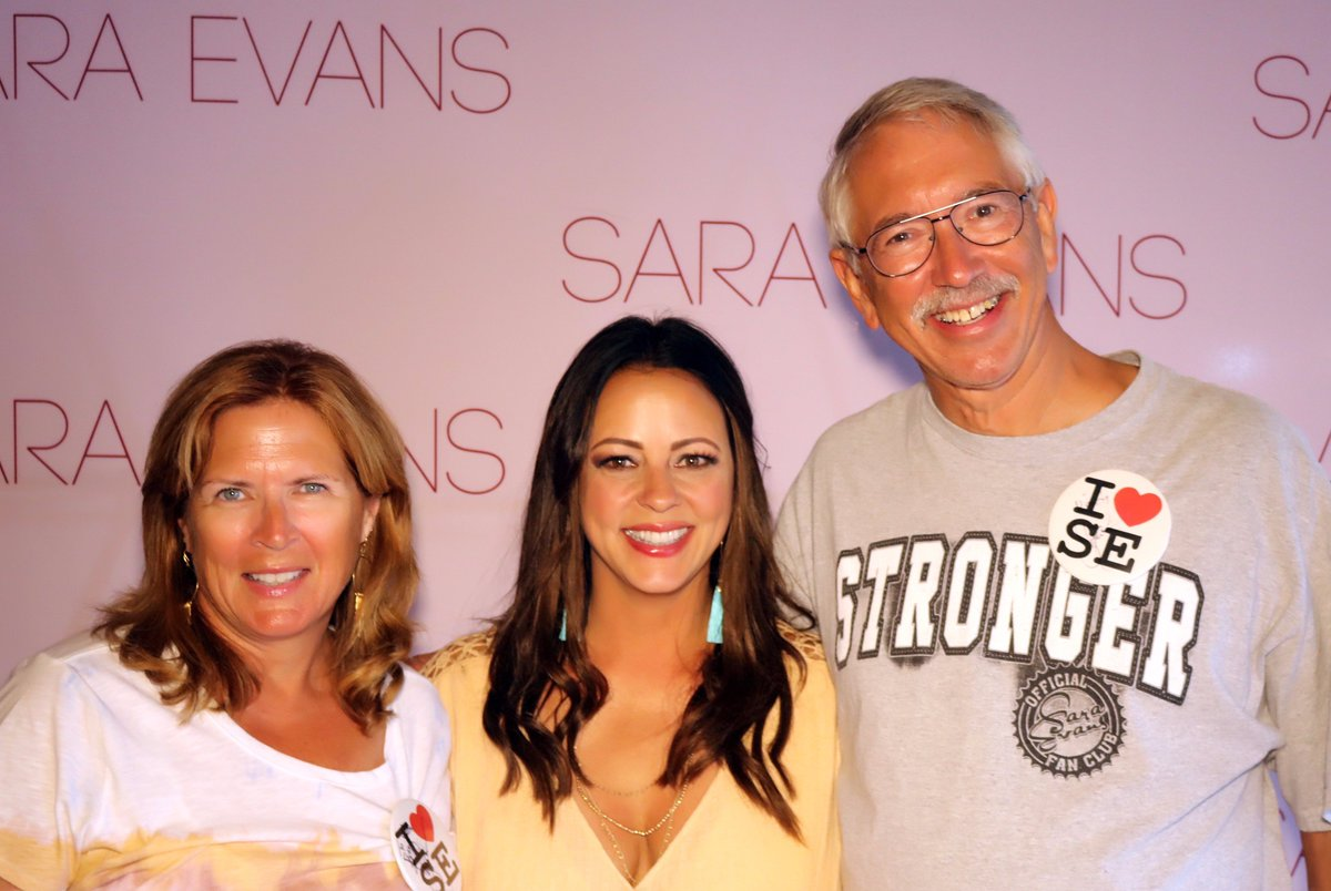 Sara evans on twitter i love getting to meet you guys at my shows sara evans on twitter i love getting to meet you guys at my shows vip meet greet packages available now at httpstorbrvsbjko m4hsunfo
