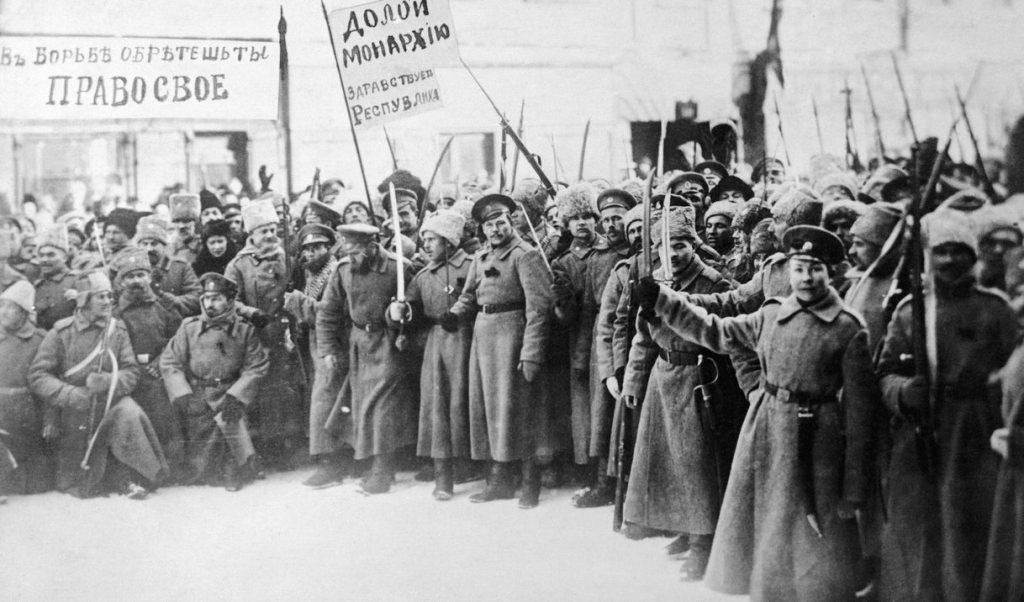Ррррэволюционные солдаты
