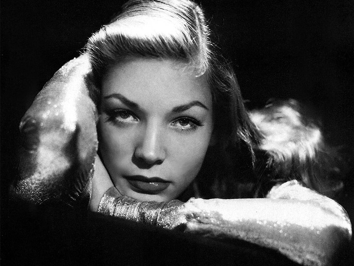 Lauren Bacall by John Engstead, 1944 #ark #photography #movie #people...
