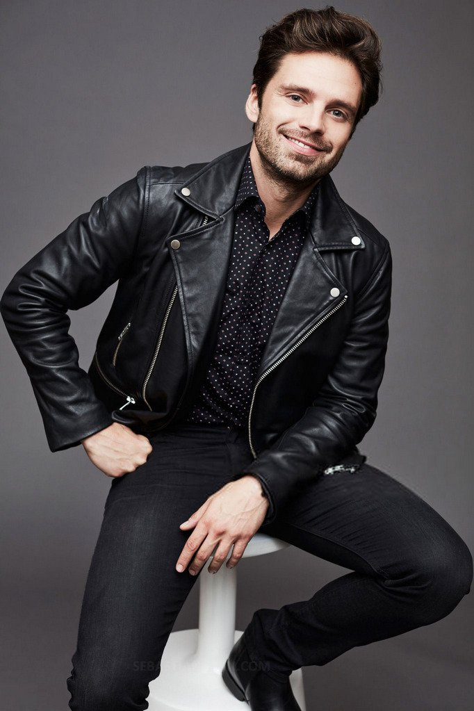 Ty Marvel if it wasn&#39;t for Cap America i wouldn&#39;t be able to drool over #sebastianstan  <br>http://pic.twitter.com/cnQgAxmq61