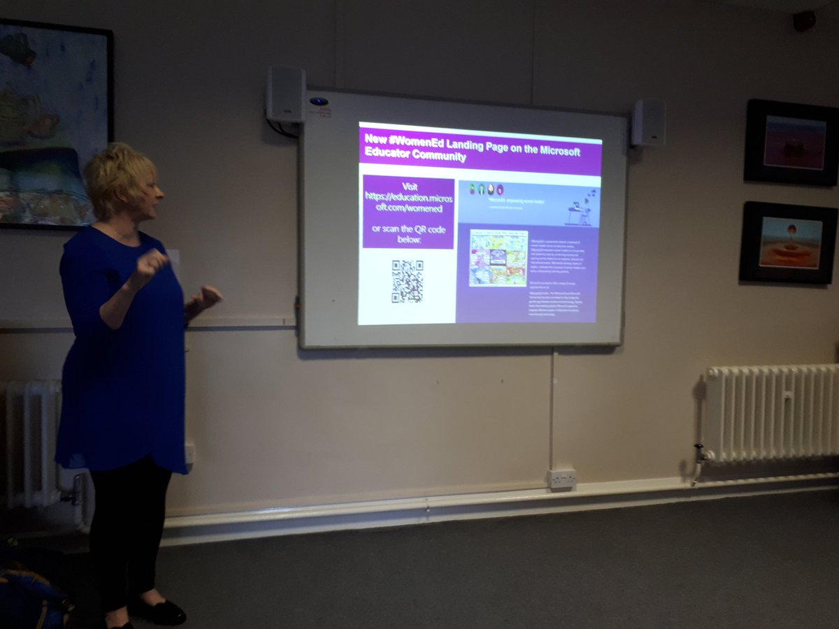 @WomenEdLondon let&#39;s be digital aware. #WomenEd part if the #microsoft educator community. @CGS_Head @ViviennePorritt<br>http://pic.twitter.com/6z1Vdax0hC