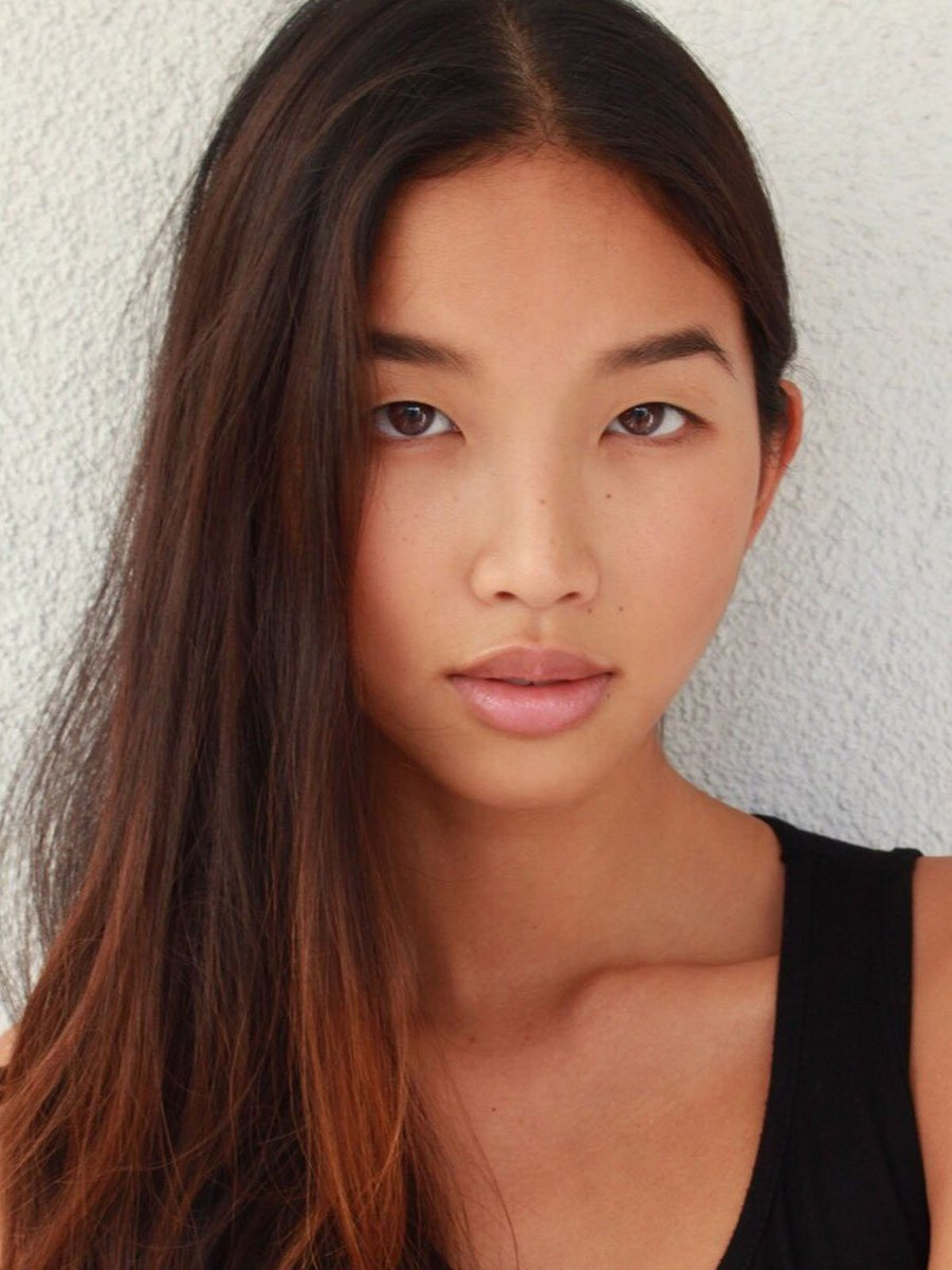 A huge welcome to our gorgeous #newface LISA!  <br>http://pic.twitter.com/Y7ZwgWU6Sf