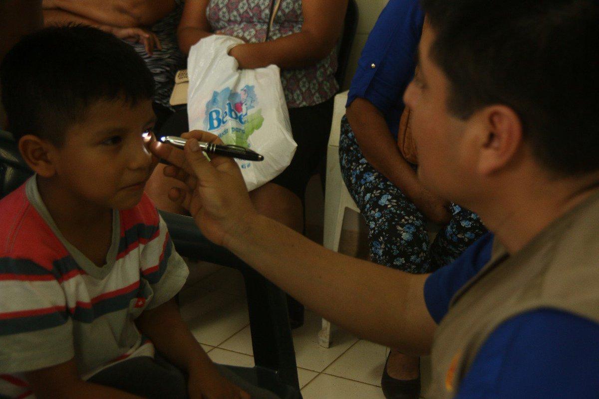 Niños se benefician con cirugías en campaña oftalmológica impulsada po...