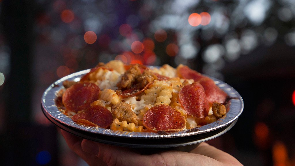 Feed the monster inside with these dishes.  See this foodie&#39;s guide to #HHN27 at  http:// bit.ly/2xSxR80  &nbsp;  .<br>http://pic.twitter.com/ysl9L99j0d