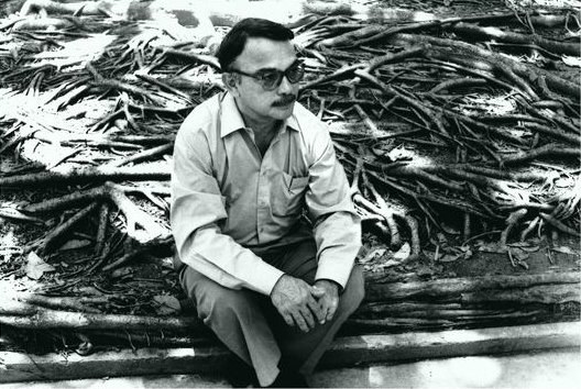 #UnDíaComoHoy nace Eugenio Montejo, poeta y ensayista venezolano. Una...