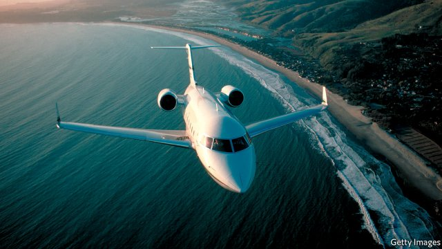 Private jets are getting cheaper  http:// dld.bz/gn4Ue  &nbsp;   via @TheEconomist #LuxuryTravel #PrivateJet #Aviation<br>http://pic.twitter.com/XNUSXxWUgG