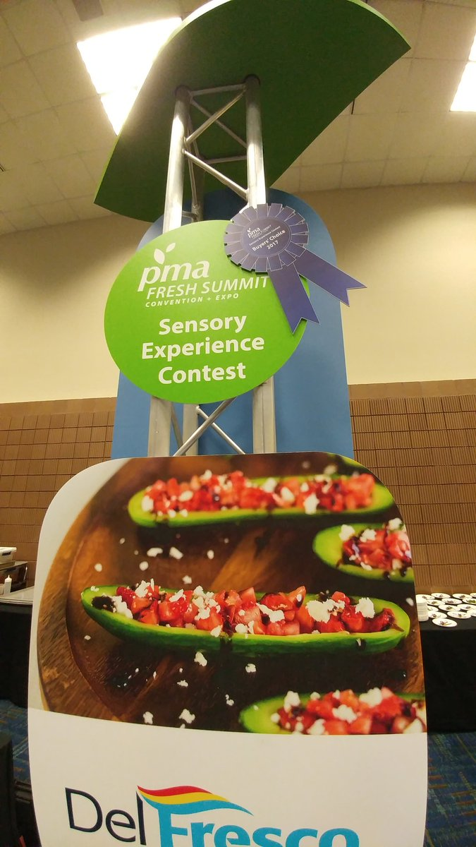 Thank you #TeamFreshSummit #FreshSummit @pma and all the voters for 1st Place &#39;Buyer&#39;s Choice&#39;! #winners  Come check out our booth 2551! <br>http://pic.twitter.com/hw9Jio41TZ