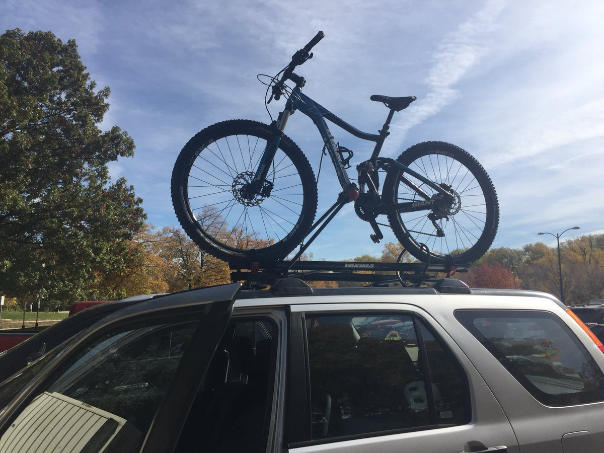 Need to take my bike all over at work today I have my  http:// lookupdummy.com  &nbsp;   cling or I'd be REALLY paranoid.  #mtb #MountainBike #bike<br>http://pic.twitter.com/HqUtD2NR4F