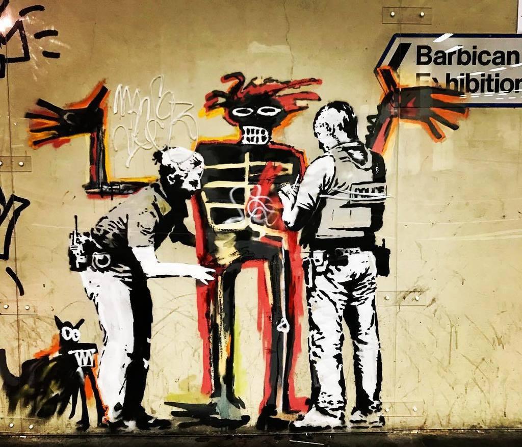 New #Banksy mural for #Basquiat expo at @barbicancentre #streetart  http:// ift.tt/2x7XSLP  &nbsp;  <br>http://pic.twitter.com/psbUsXjEI5