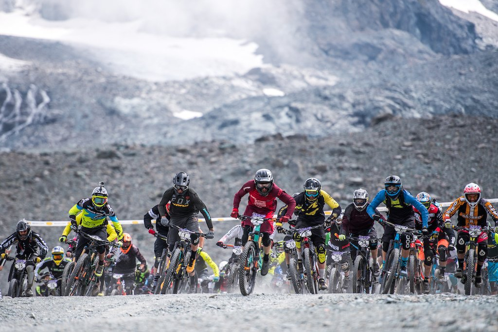 The Maxiavalanche series has some exciting news for the 2018 series. Get it here:  http:// bit.ly/2x7ETRN  &nbsp;   #mtb #pinkbike<br>http://pic.twitter.com/1zxgps4KgQ