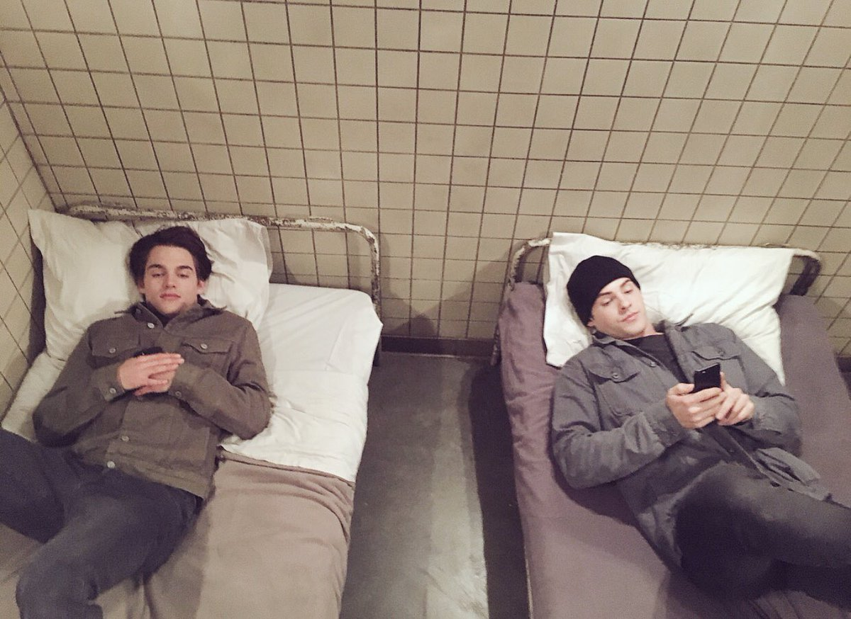 Really loved Theo &amp; Liam&#39;s bromance. #Thiam Cody Christian &amp; Dylan Sprayberry are chilling a bit. @ReallyCody @DSprayberry  #Throwback <br>http://pic.twitter.com/4LB8IbC0m0