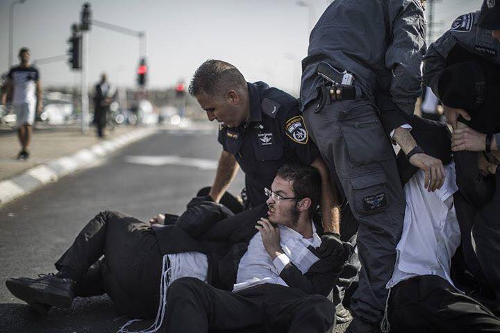 Do hasidic jews pay taxes