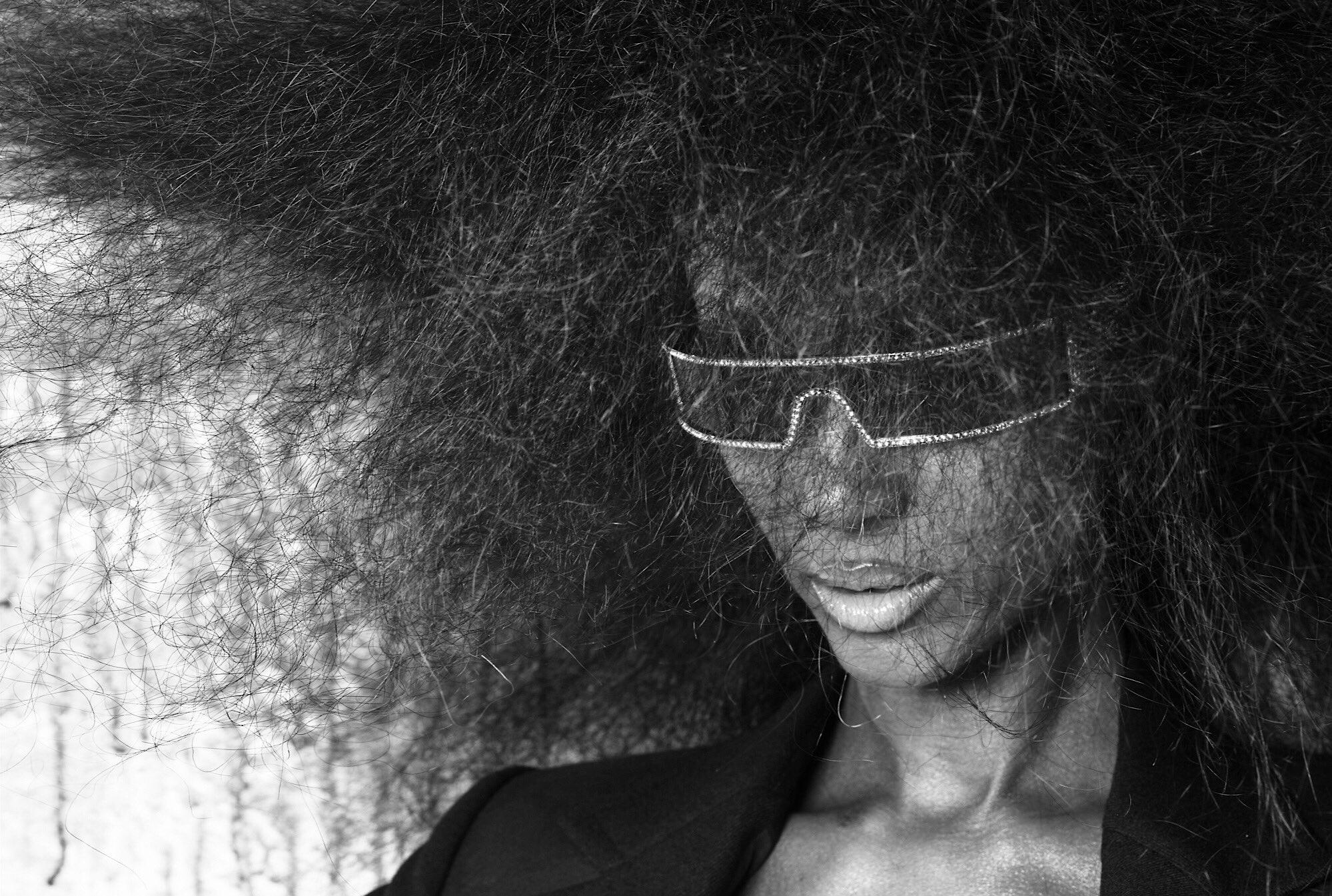 #tbt photo @warwicksaint hair @CHUCKIELOVE #imanarchive https://t.co/aO95cmf7k8