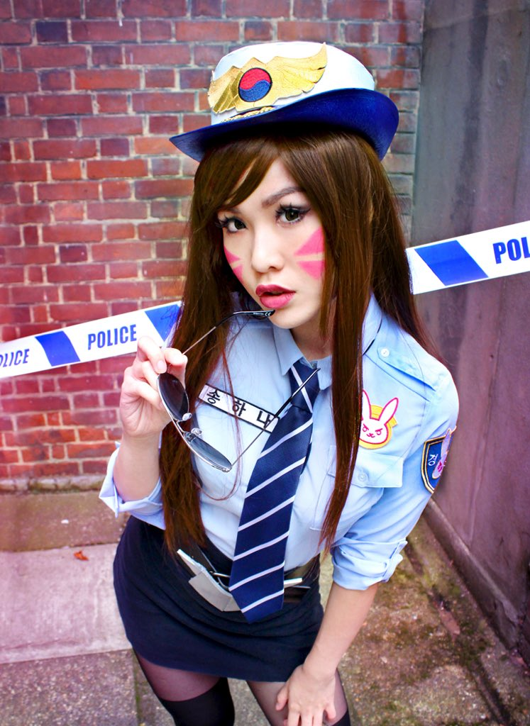 #Cosplayer @pixie_late on duty as officer #Dva! #cosplay #overwatch #blizzard #awesomeness<br>http://pic.twitter.com/M5QgUx4Ezz