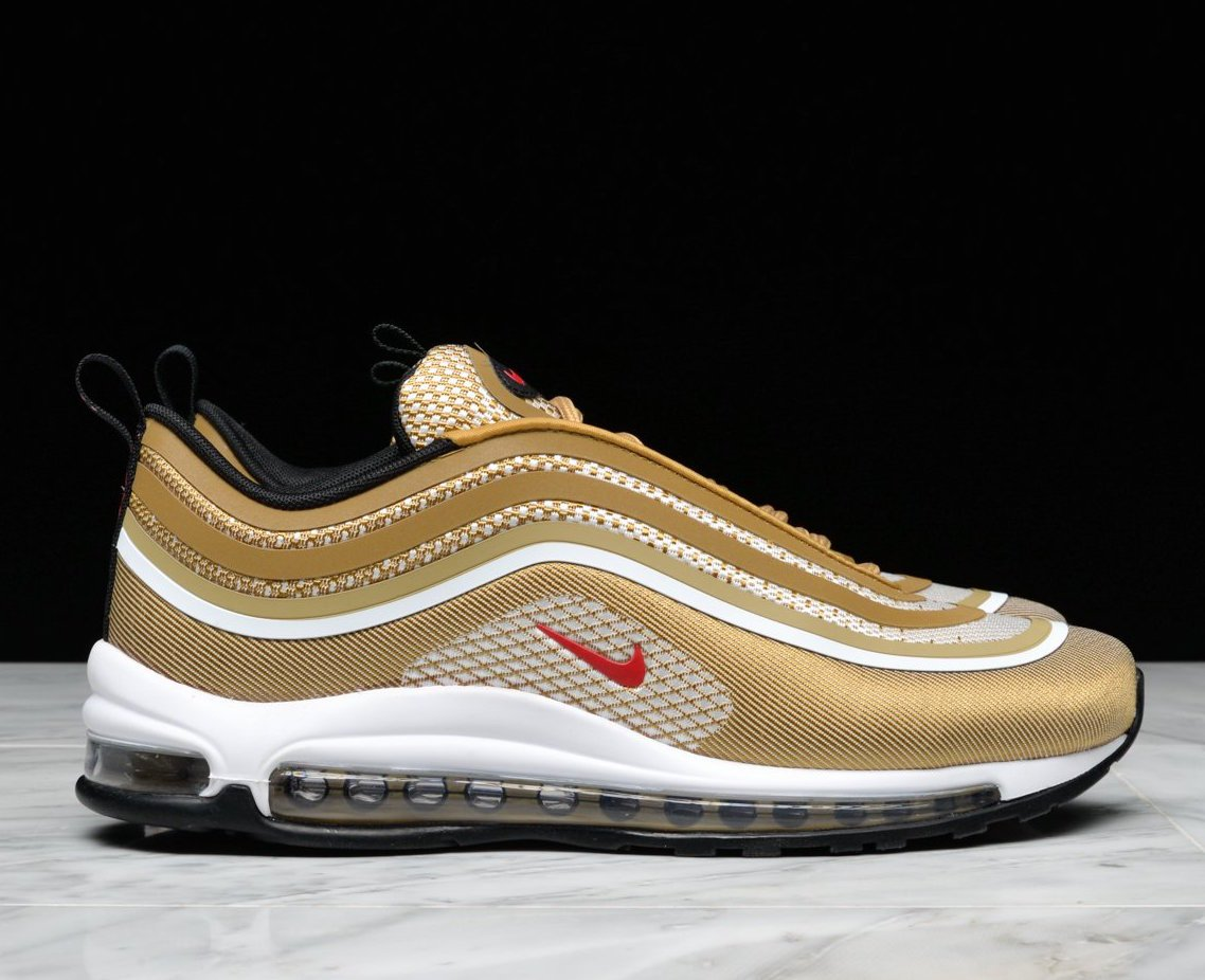 best authentic b2e88 58ab9 SOLE LINKS on Twitter