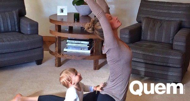 Gisele Bündchen relembra ioga com a filha: 'Sempre derrete meu coração' https://t.co/WDKDO1iJVc