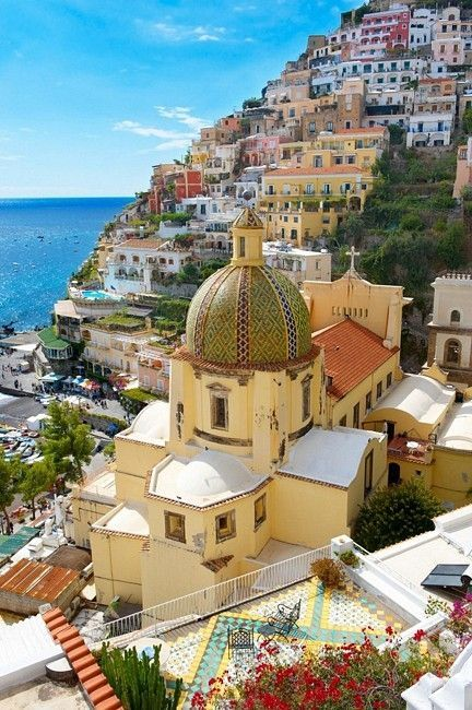 Amazing view of #Amalficoast!  #Travel #Beautiful #Italy<br>http://pic.twitter.com/EftRpGOyyr