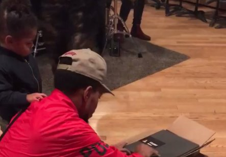 Chance the Rapper and his adorable daughter unbox his Grammys: https://t.co/h9QwTdbEAy