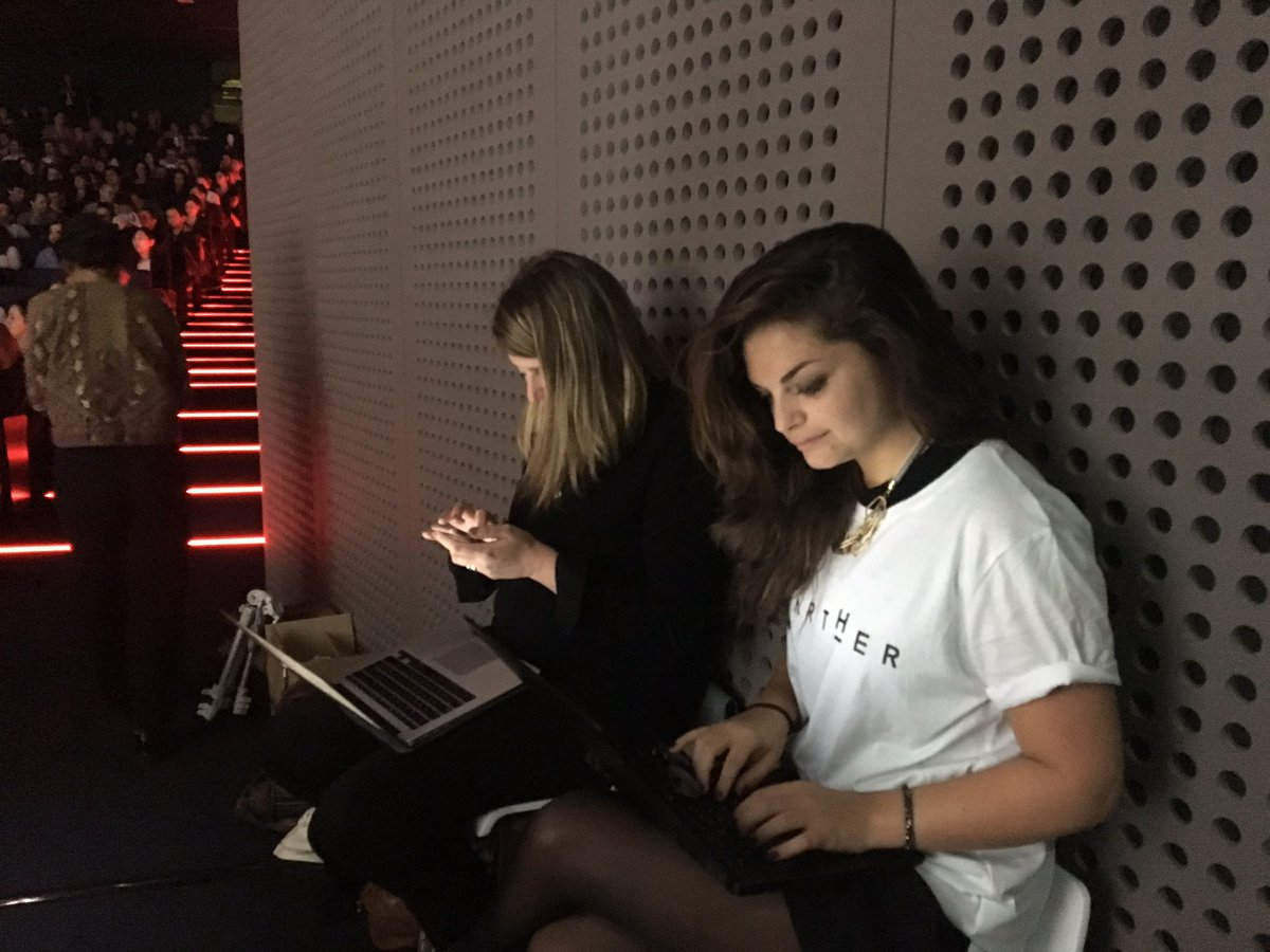 Behind the scene: the @starther_org social media team sending 20 tweets / second #startherawards #backstage #teamspirit <br>http://pic.twitter.com/ESYxoHygaf
