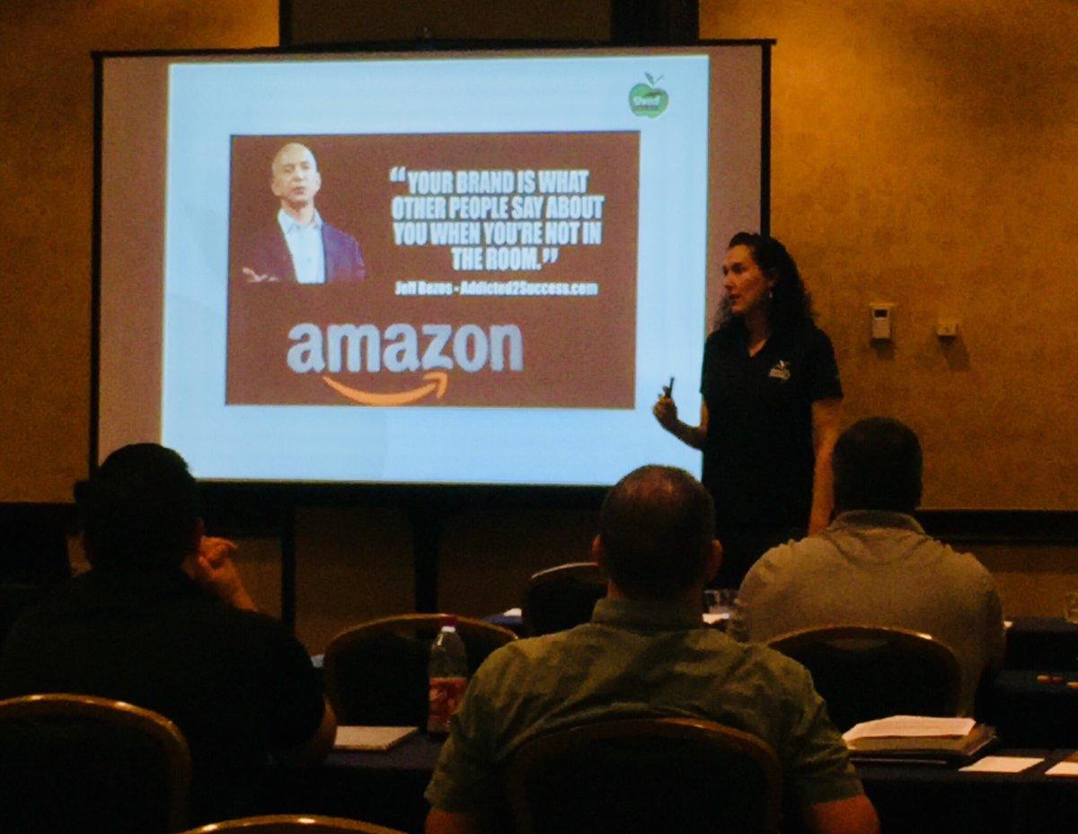 I LOVE educating #smallbusinesses on #marketingtips for branding and #SocialMedia. Speaking makes my  happy. #ShredSchool LA <br>http://pic.twitter.com/G27kRtfKfJ