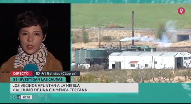 No sólo la niebla. Testigos y vecinos de #Galisteo señalan al humo de una almazara como posible causa del accidente. #EXN https://t.co/pMoLxwOU4M