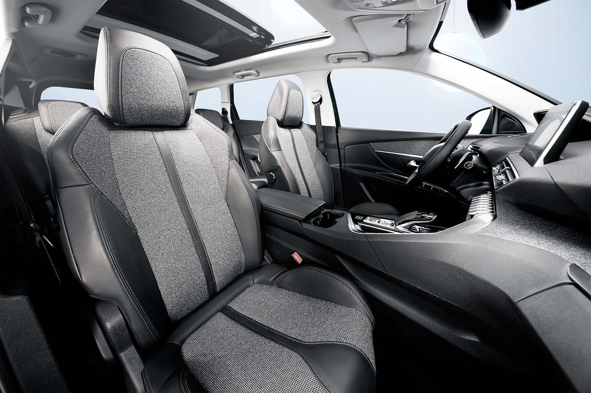 #NewPeugeot5008SUV: infinite possibilities.  #testdrive today @PeugeotSligo  T. 0719154442 or E. marketing@kevinegancars.ie #LionBackInSligo<br>http://pic.twitter.com/Ru5vTvysHq