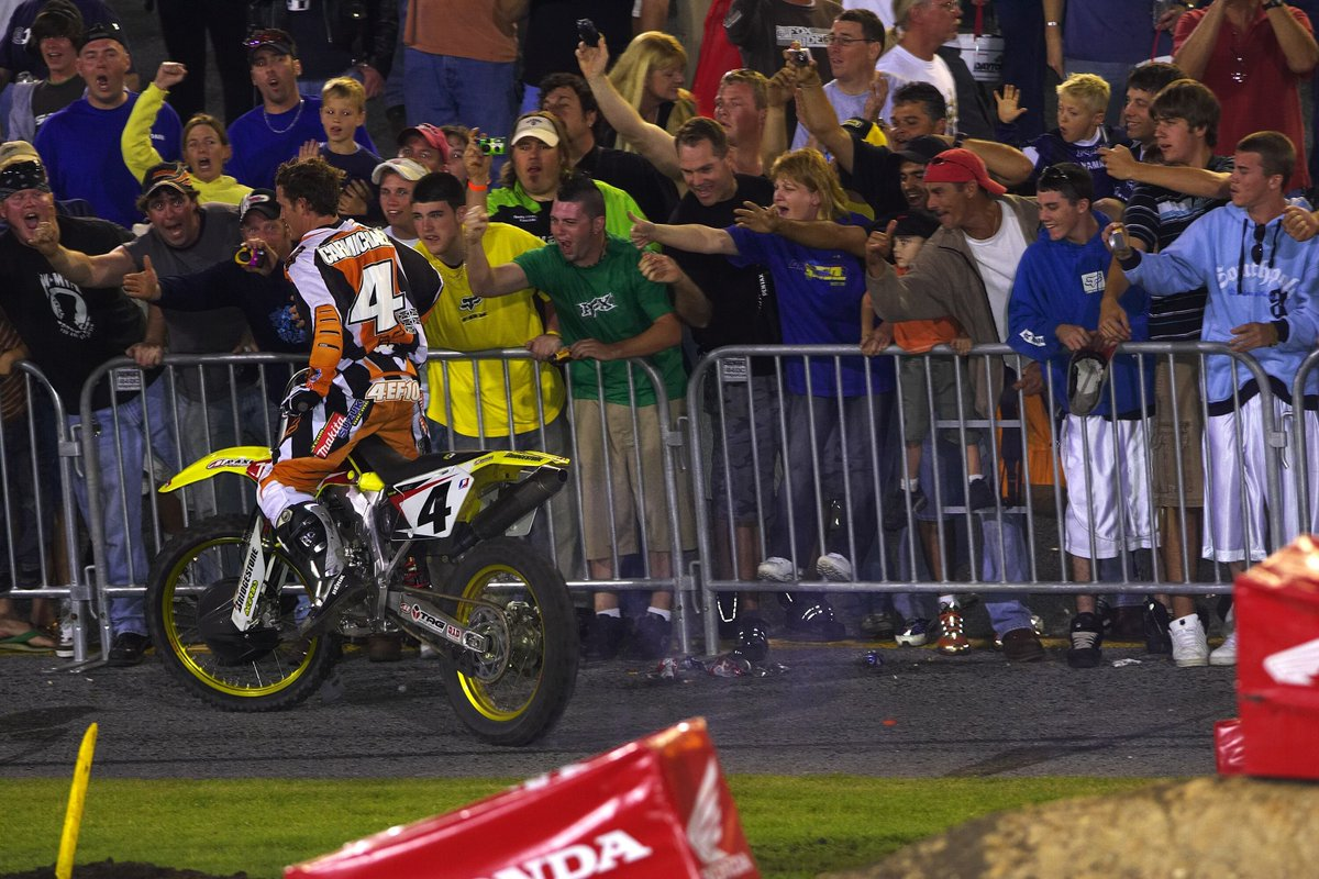 .@RickyCarmichael celebrates with fans after his #DAYTONASX win in 2006! #tbt