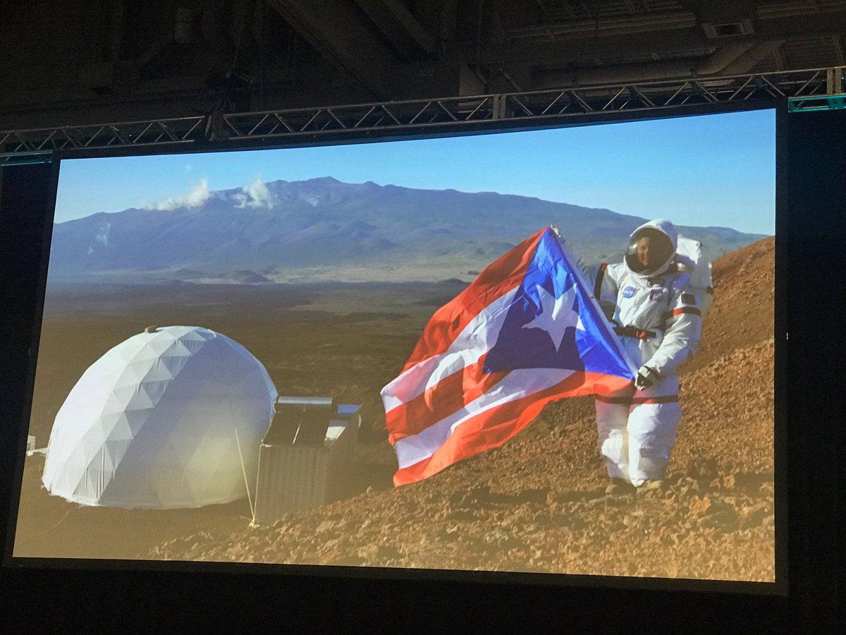 Dr Sierra Sastre gave a moving keynote talk #SACNAS2017 @sacnas @NASA #PuertoRico #scientist #Astronauts<br>http://pic.twitter.com/3PYh6by8GA