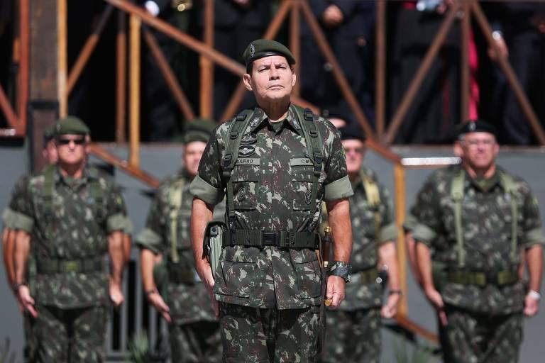 Suposto assédio, racismo e tortura | Em vídeo, soldado do Exército recebe pisões e terra no rosto https://t.co/E3H9VfFgvF