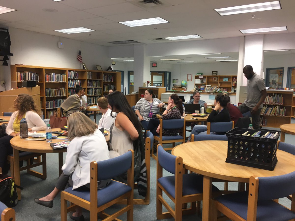 Parklawn teachers planning and extending their learning from the Summer Symposium!#academic conversations #interactive read alouds @FCPS_TitleI <br>http://pic.twitter.com/sKaYdqAr31