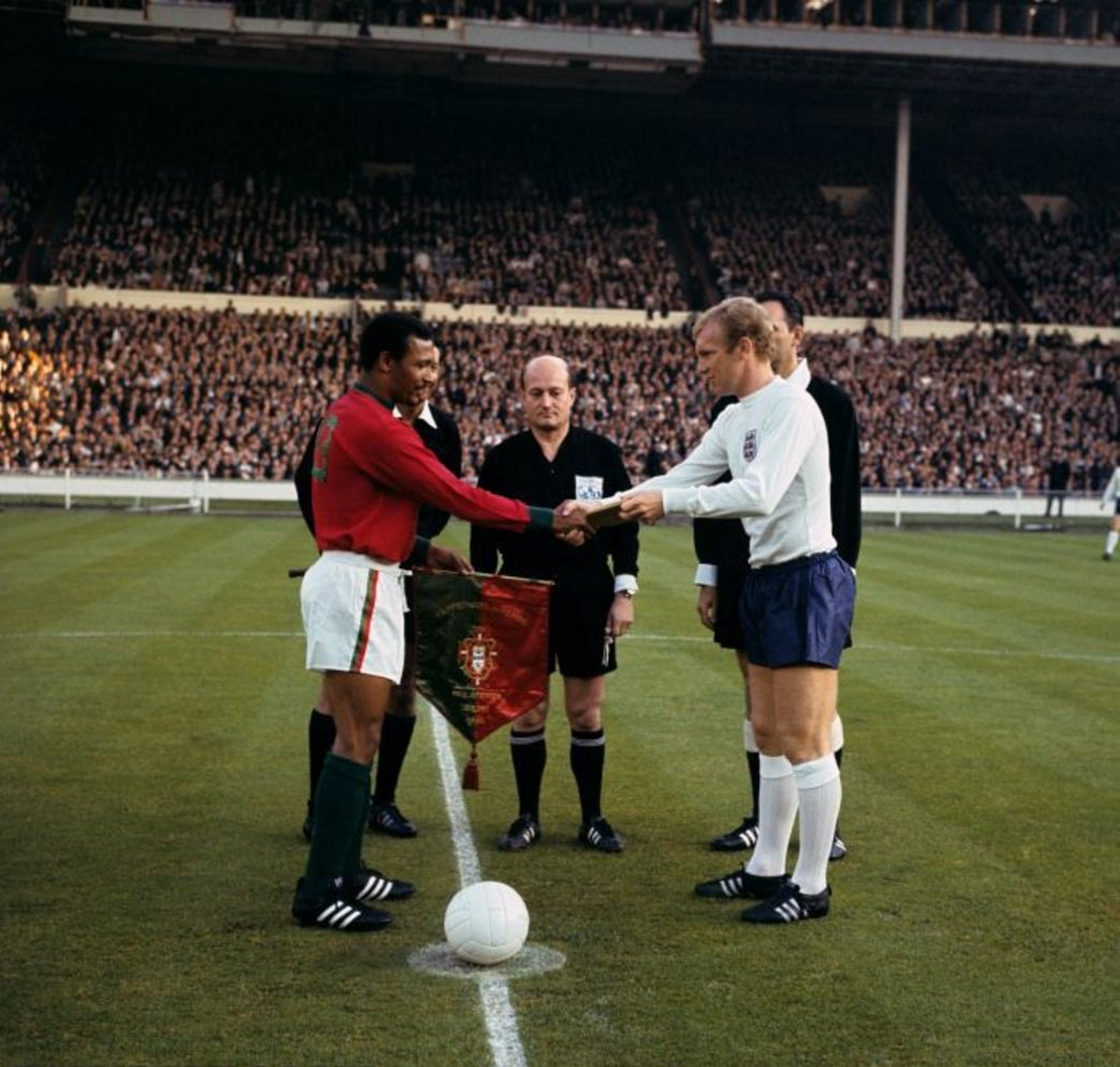 "worldcupweblog on Twitter ""Mario Coluna and Bobby Moore at"