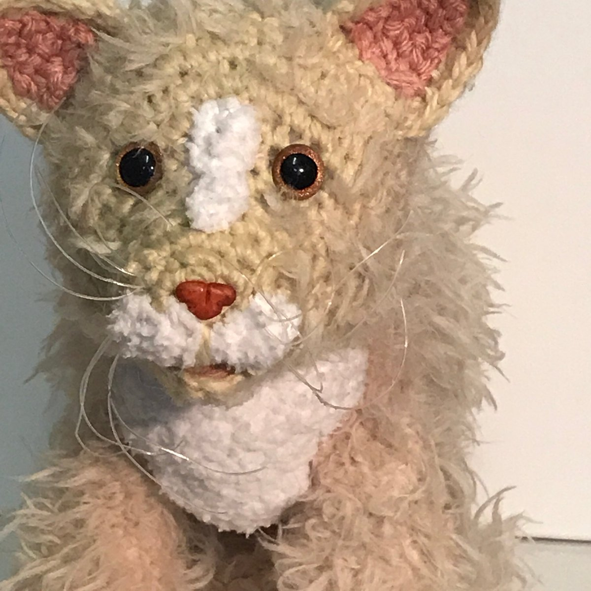 Had fun making this furry #Cat #ilovecats #crochet #handmade #CatsOfTwitter #cat #animals #pets #crafts #meow<br>http://pic.twitter.com/B8ypf9nt0Z