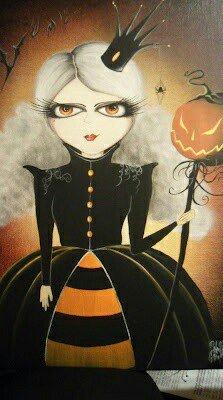 Love it, Halloween is near. #pumpkinqueen #crown #gown #queen #Halloween<br>http://pic.twitter.com/uFNEXEN298