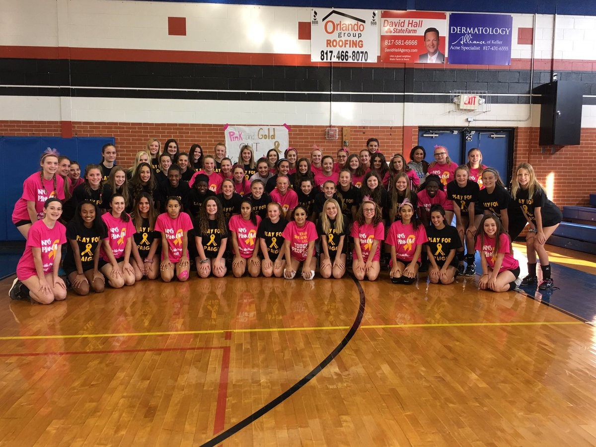 Keller and Medlin coming together for Paige! Big time volleyball players with big time hearts! #PlayForPaige #Winners <br>http://pic.twitter.com/PUGfsxFm37