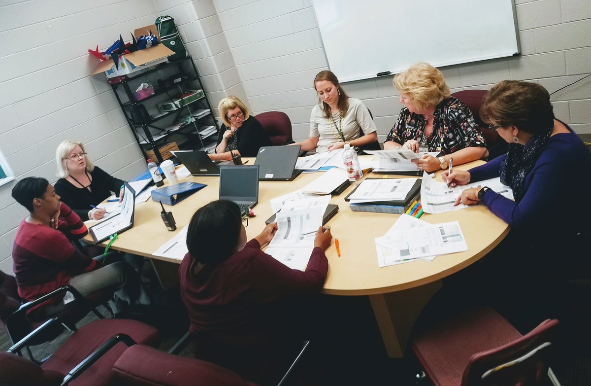 So grateful to collaborate with this team about Reading Instruction at BMS! @BerkeleyMiddle  #teamwork #datadriven  #Reading <br>http://pic.twitter.com/asOOZ27Qpr