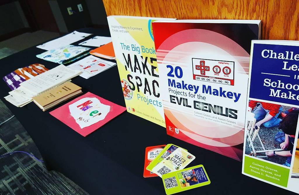 Getting ready for hacking literacy with #makered workshop for #islma #librarians!  http:// ift.tt/2hRhqOe  &nbsp;  <br>http://pic.twitter.com/B5Ugw9u1Vd