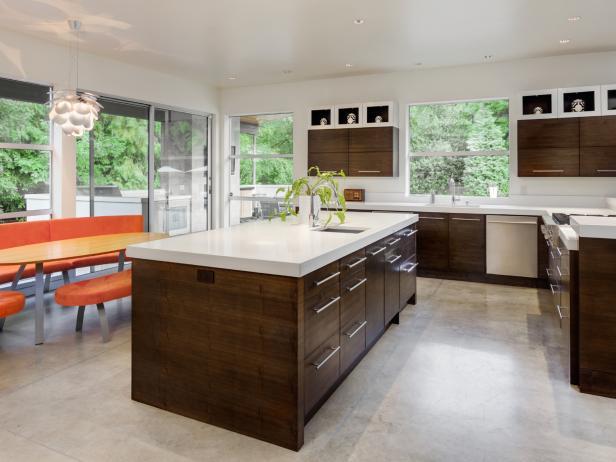 On the hunt for #kitchen flooring options? #homeimprovement   http:// cpix.me/a/32896496  &nbsp;  <br>http://pic.twitter.com/Kkr3Vdyf77