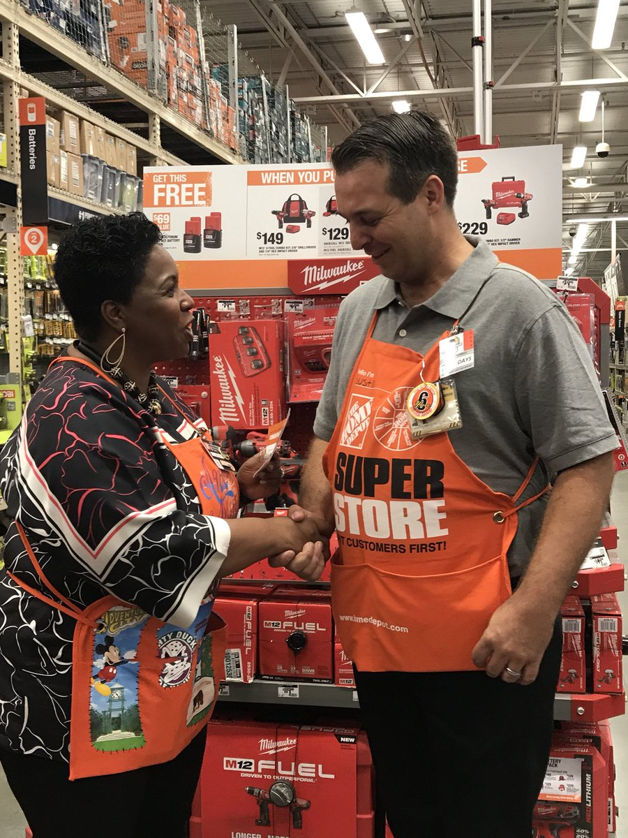 Great job HD 6643 hosting @AMCTHD. #Recognition #Engagement<br>http://pic.twitter.com/TT9GSuaqCt