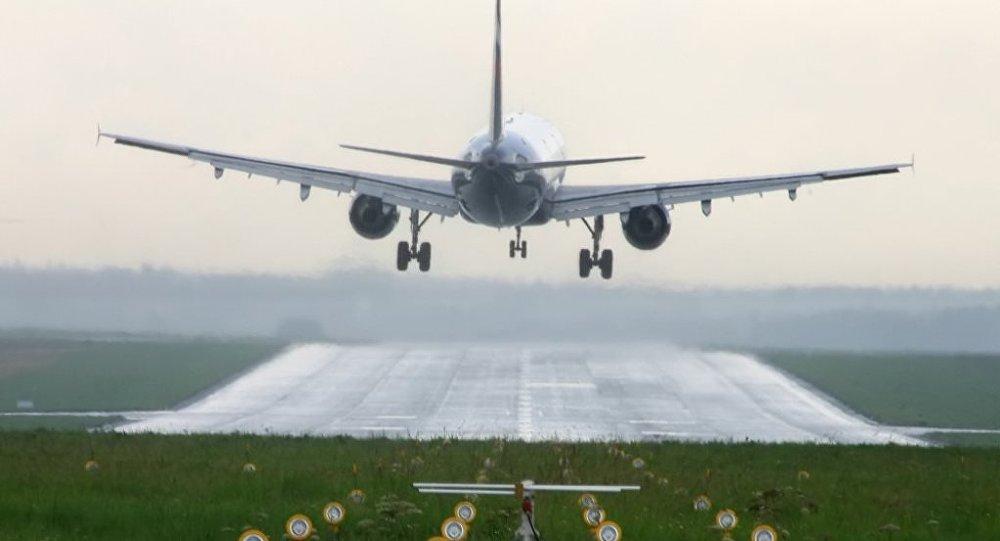 'Son seferim' diyen Alman pilotun tehlikeli manevrası yolcuları korkut...