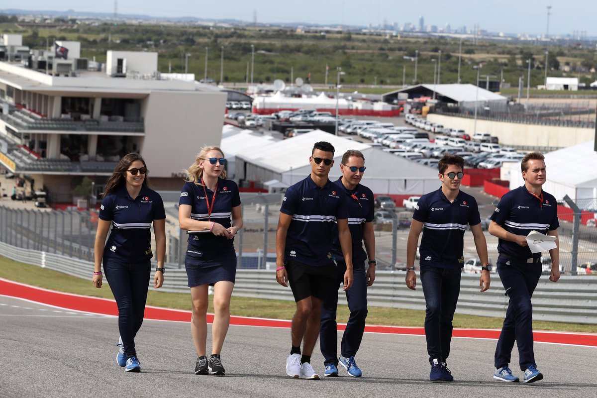 Great company to walk around #COTA for the first time Looking forward to the weekend with @SauberF1Team ! #F1 #trackwalk<br>http://pic.twitter.com/nBORAfZ9EO