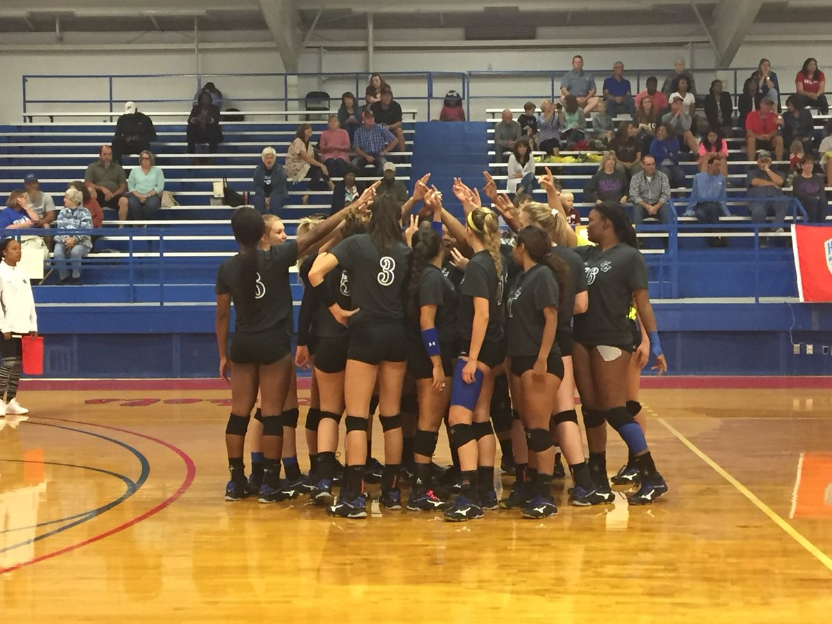 Game Time at Hill!! #CiscoVolleyball  #G...